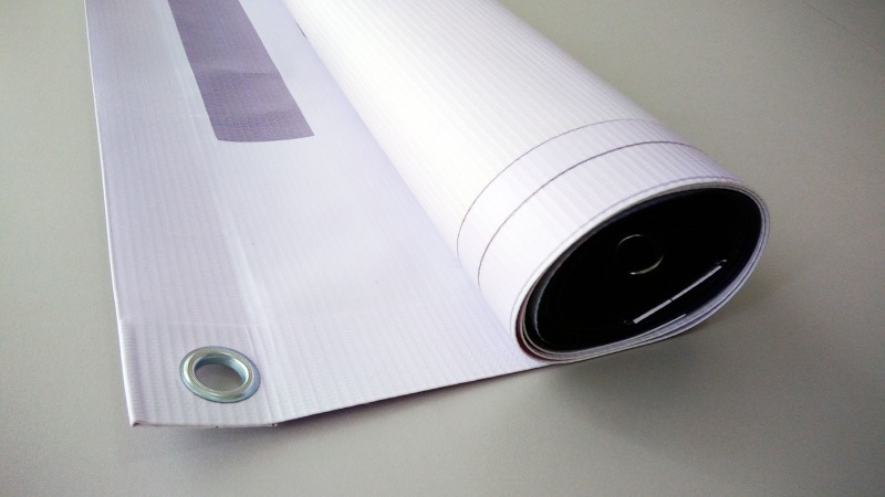 Advertise services and products with banner printing
